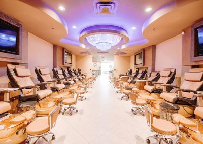 Caesars-nails-spa-salon-2